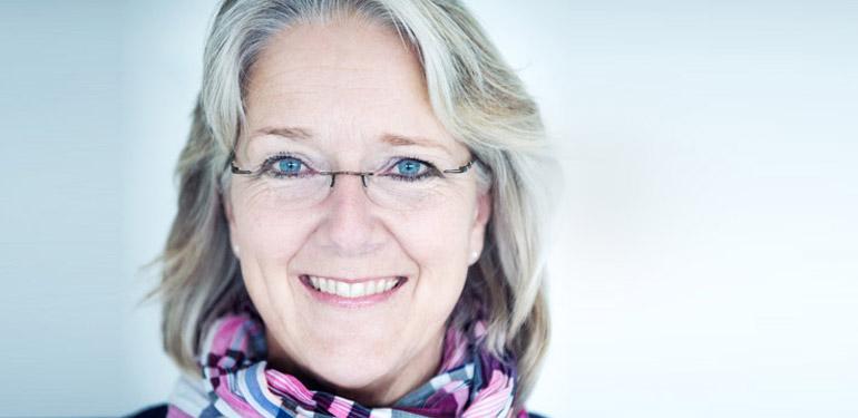 Stomatoloq higiyenist Edith Maurer Bussink ilə söhbət